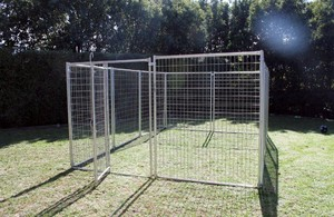 3m X 4.5m Pack Pet Enclosure with Gate