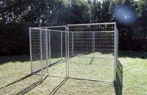3m X 4.5m Pack Pet Enclosure with Gate